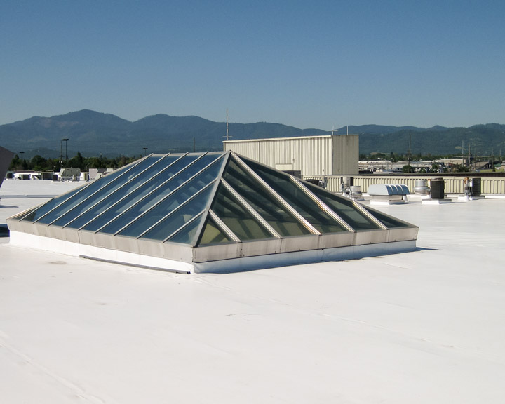 Rogue-Valley-Mall-Skylight-Survey-16770-23