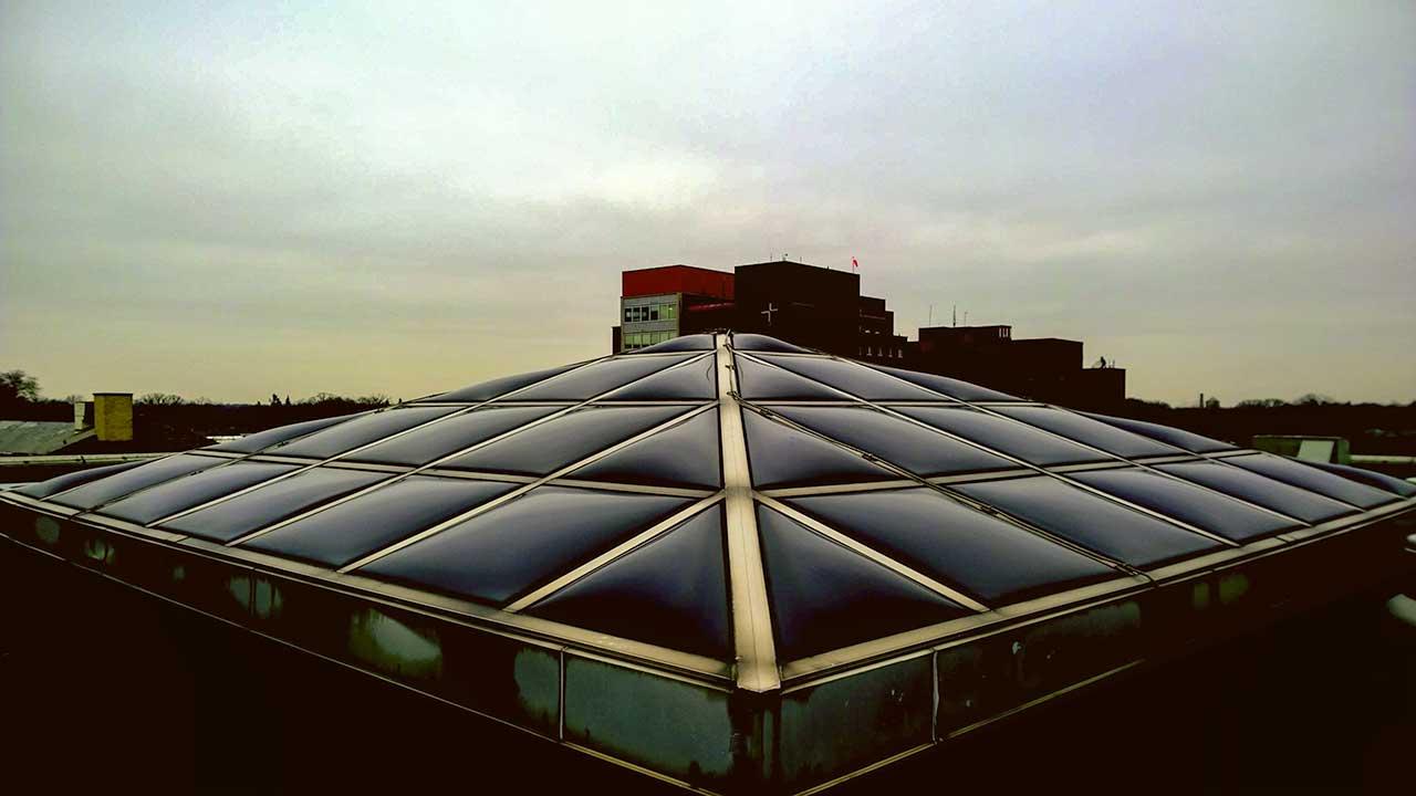 St James pyramid skylight 05-2