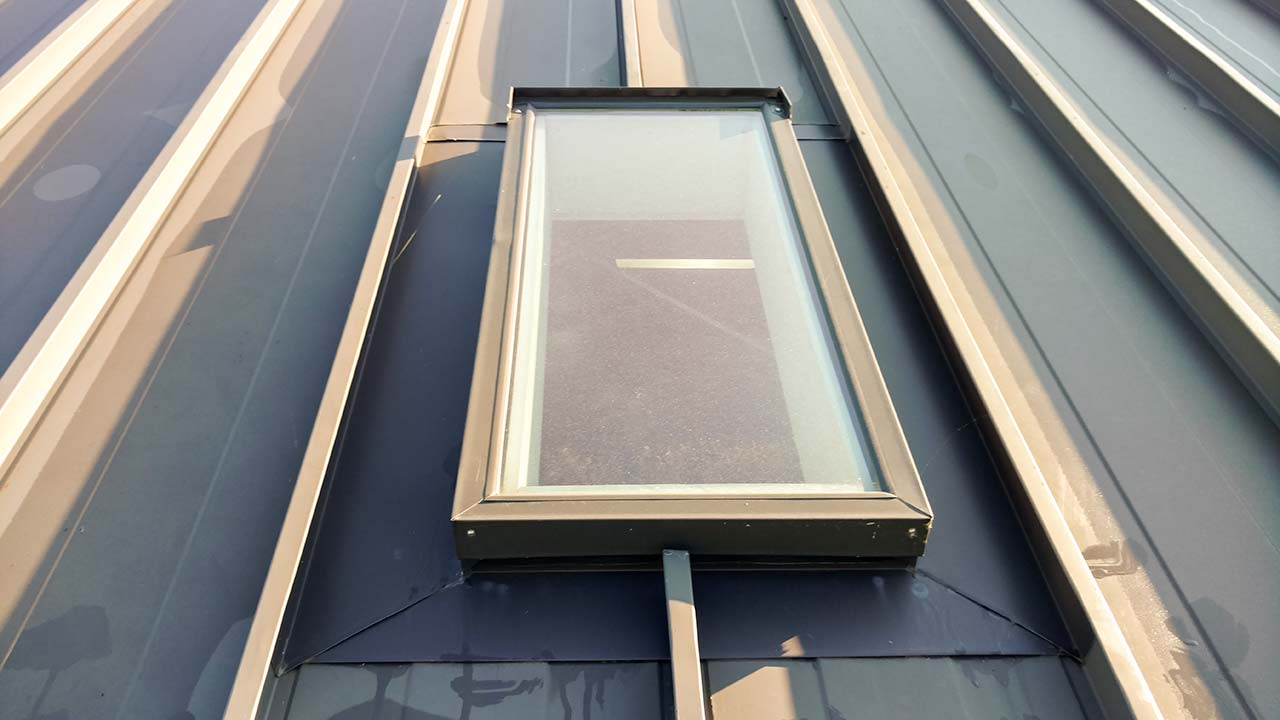 how to clean a stucco skylight