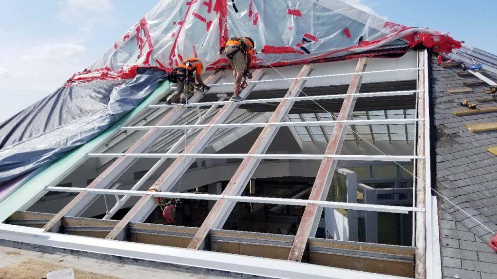 Quaker Bridge Mall skylight 24602-105203