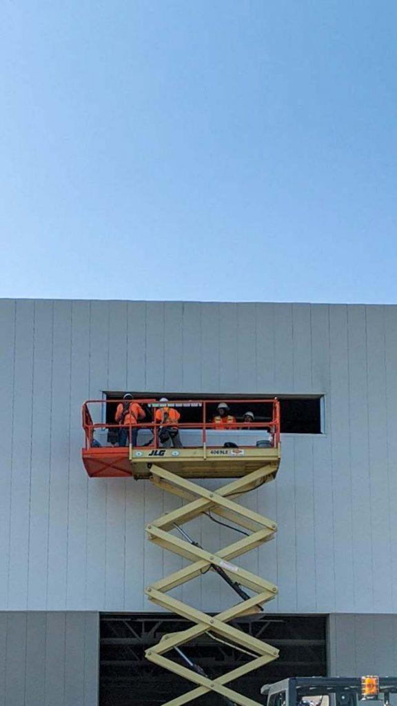 wall light installation 30625-4