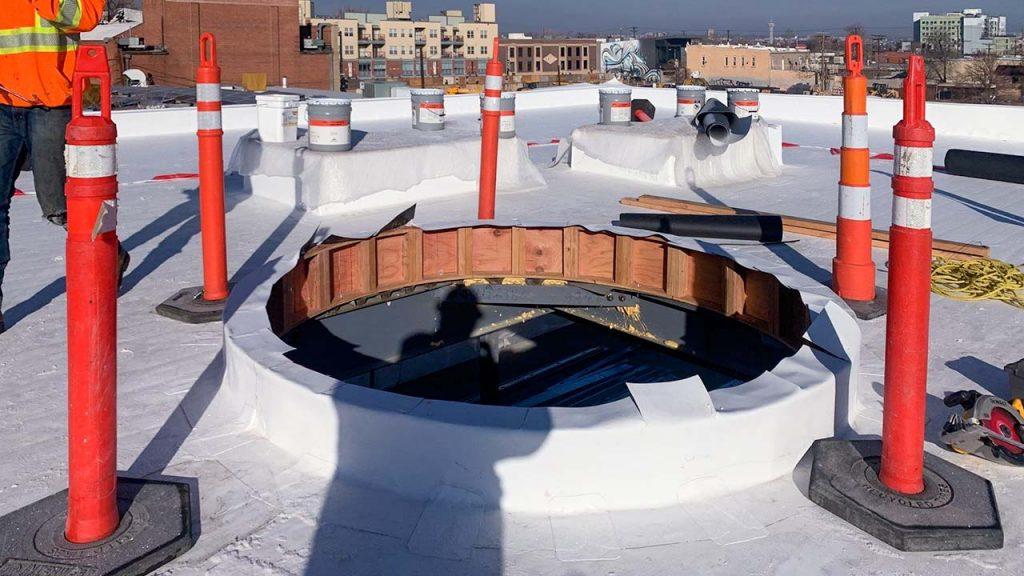 New install round skylight 31279-3